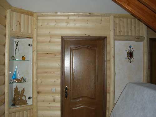 Отделка деревянного дома. Блокхаус в стене