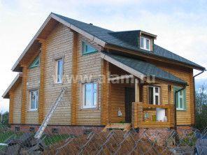 Брусовой дом площадью 150 кв.м. Выполнен по проекту ПБ-12