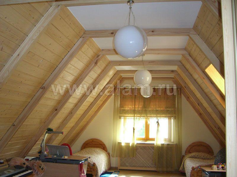 Деревянный дом с мансардой. Вариант обустройства