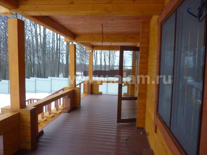 Дом из профилированного бруса с террасой. Терраса