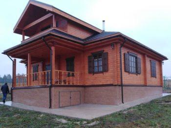 Строительство дома из бруса в русском стиле
